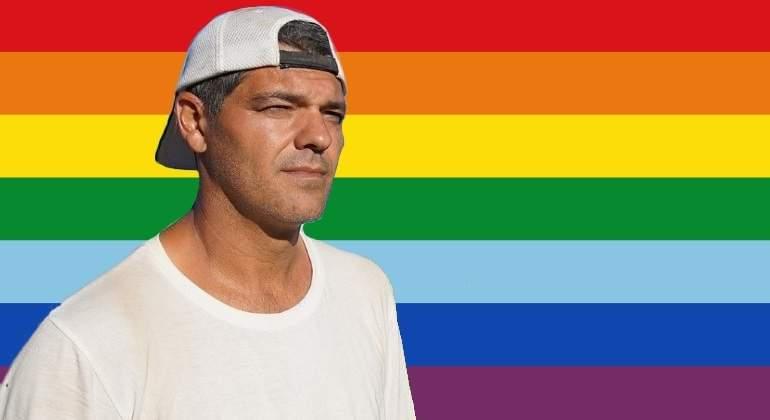 frank-cuesta-gay.jpg