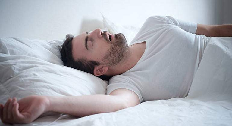 apnea-sueno-dormir-istock-770.jpg