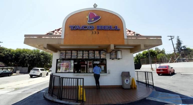 [VIDEO] Empleada hispana de cadena de comida rápida se negó a atender cliente por hablar inglés