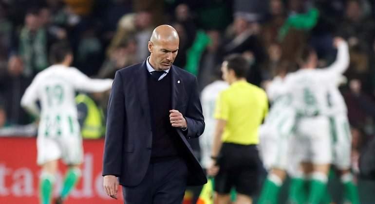 Zidane-Betis-cabizbajo-2018-EFE.jpg