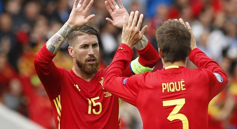Ramos-Pique-2016-celebran-euro-reuters.jpg