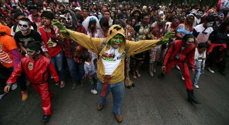 Zombies se alistan para marchar a favor de los damnificados