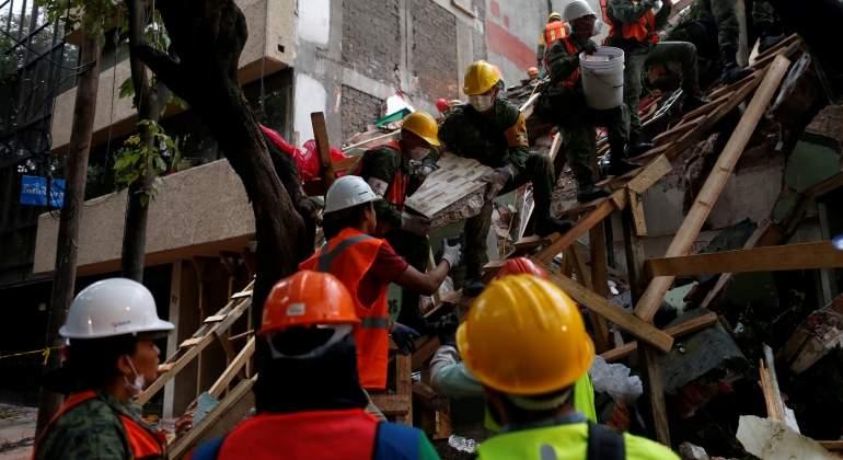 mexico-rescate-terremoto-mexico-reuters.jpg