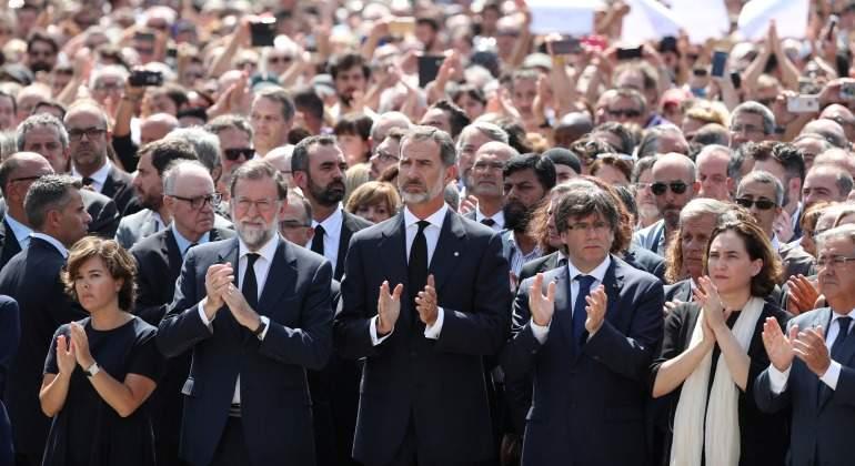 Rey-Rajoy-Puigdemont-concentracion-Plaza-Cataluna-2017-reuters.jpg