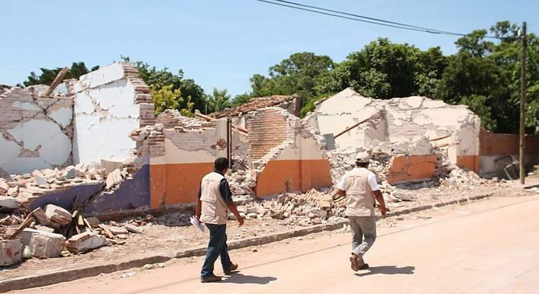México aprueba 248 millones de dólares para empezar reconstrucción tras sismo