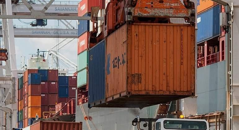 Déficit comercial de EEUU alcanza su mayor nivel del año