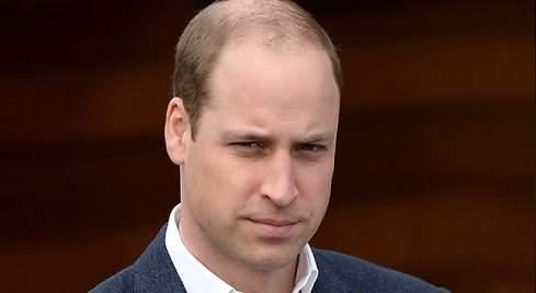 El príncipe Guillermo hace frente a su calvicie