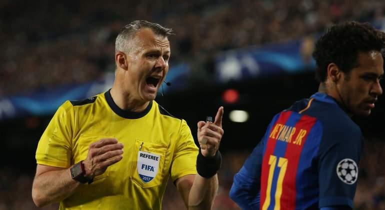 kuipers-neymar-barcelona-juventus-reuters.jpg