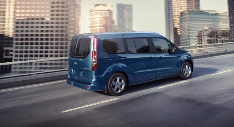 ford-transit-commet.jpg