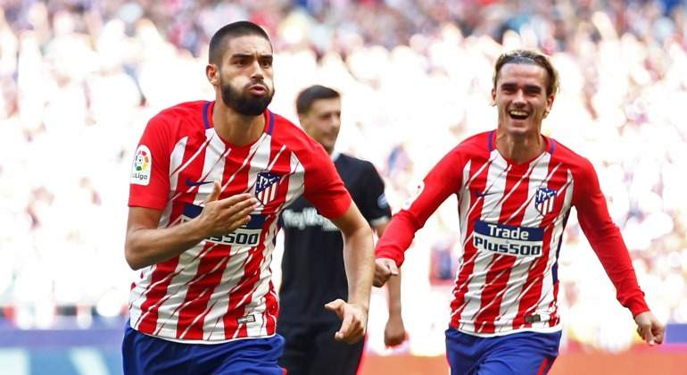 Carrasco-Griezmann-2018-Reuters.jpg