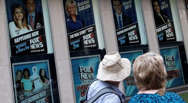Fox pagará $20 millones a la presentadora Gretchen Carlson por acoso sexual