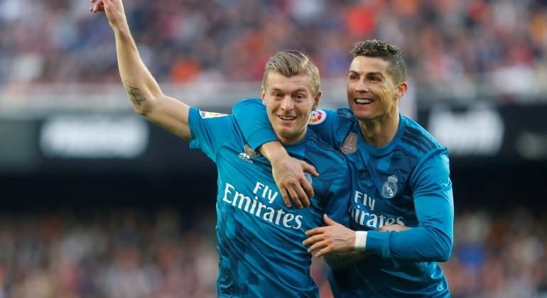 Kroos-Ronaldo-Reuters.jpg