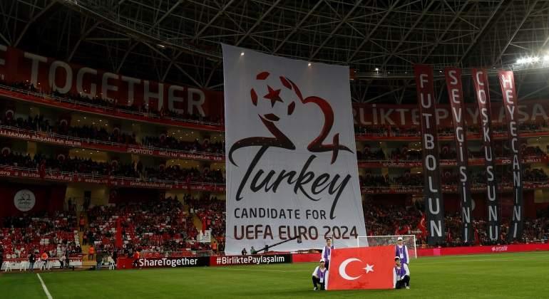 pancarta-turquia2024-reuters.jpg