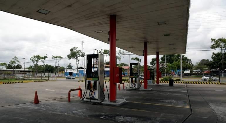gasolinera-cerrada.jpg