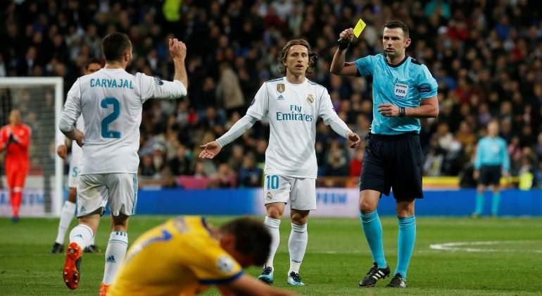 Michael-Oliver-arbitro-amarilla-Carvajal-RealMadrid-Juve-2018-reuters.jpg