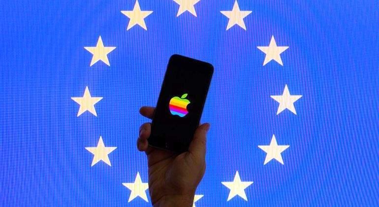 Apple investigada por la compra de Shazam