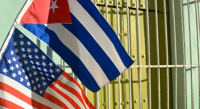 cuba-estados-unidos-eeuu-bandera-rejas-getty.jpg