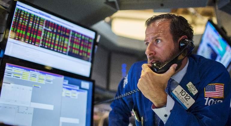 Wall-Street-telefono-Reuters.jpg