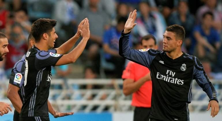 Asensio-Kovacic-celebran-gol-2016-reuters.jpg