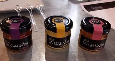 La Galinda crece en ventas gracias a su miel gourmet de cerezo