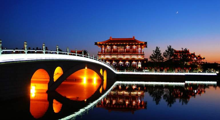 puente-china-dreamstime.jpg