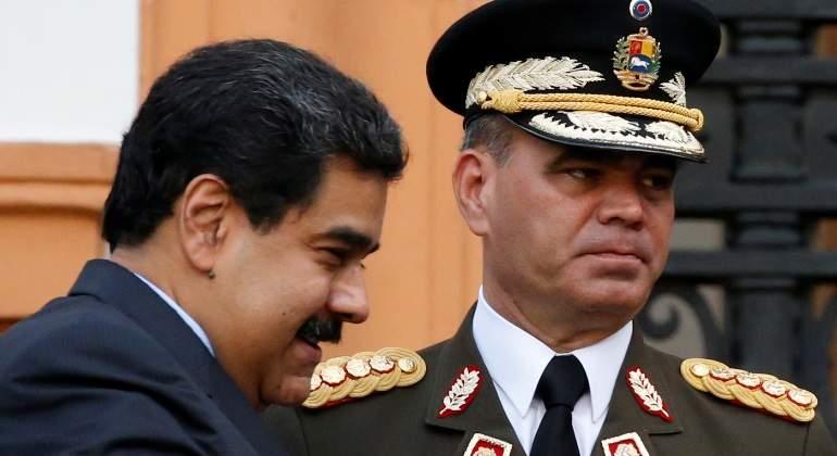 Opositores y oficialistas se movilizan en Venezuela