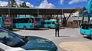 La Guardia Civil vigila la estacin de autobuses de Teror Las Palmas