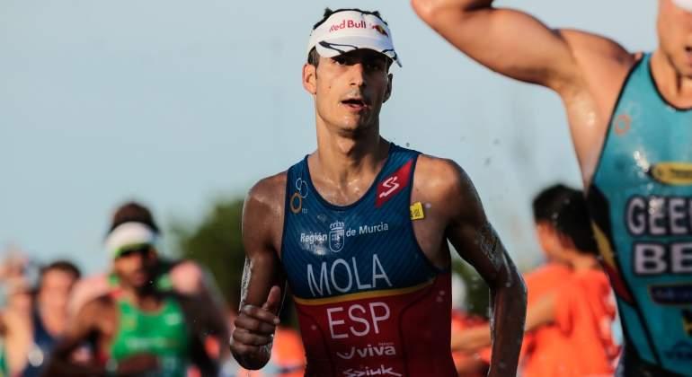 Mario Mola da su versión sobre el caso Brownlee: así se moja en la polémica del triatlón