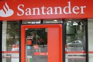 Santander se refuerza en Polonia
