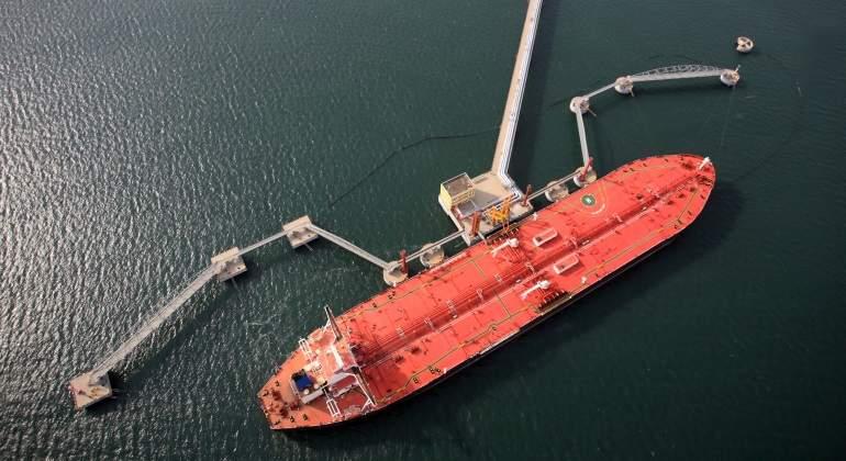 buque-petroleo-comercio.jpg