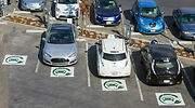 electricos-coches-aparcados.jpg