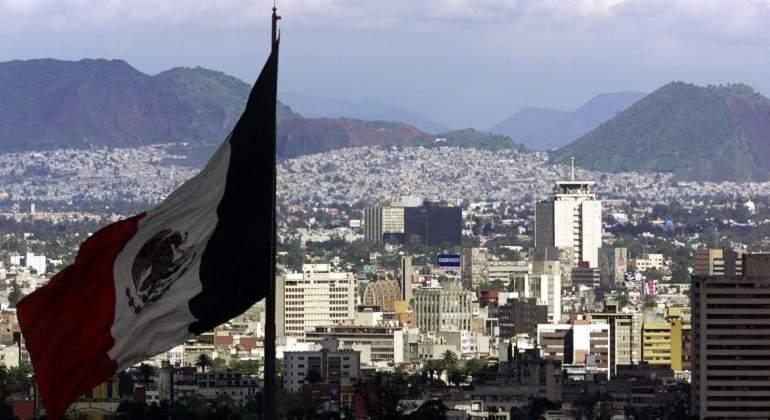 Bandera-Mexico-Reuters-770.jpg