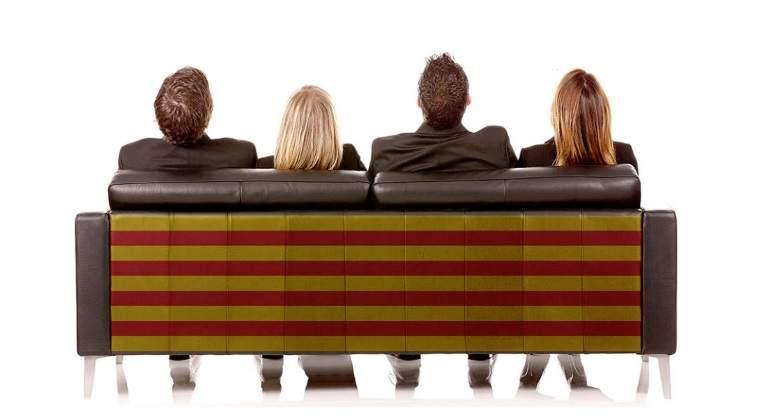 cataluna-sofa-empresarios.jpg