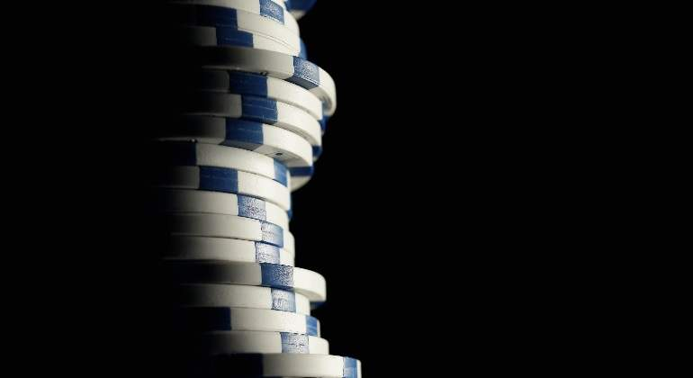 blue-chips-poker-getty-770x420.jpg