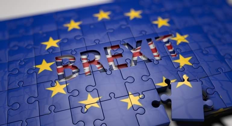 Europeos se quedarán en Reino Unido pese al Brexit, promete May