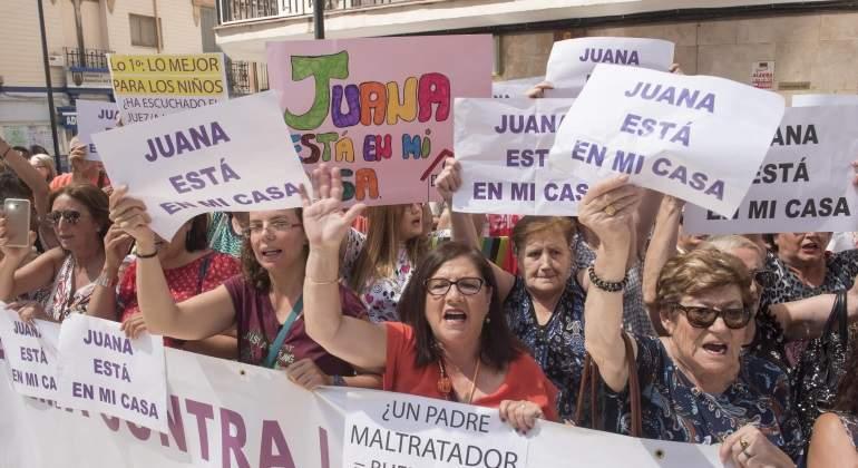 manifestacion-juana-rivas-apoyo-efe.jpg