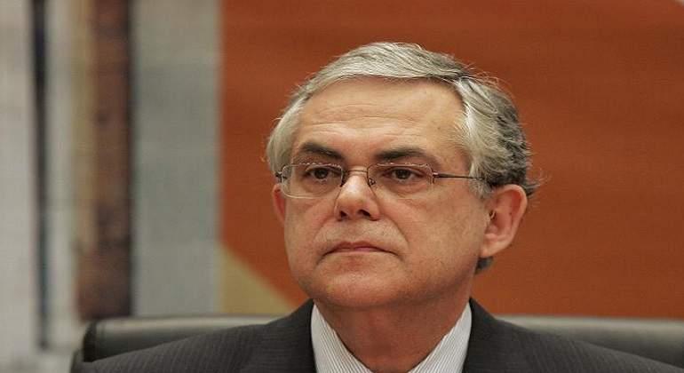 Exprimer ministro griego, Lucas Papademos, resultó herido con carta bomba