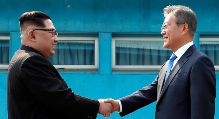 saludo-lideres-coreas-efe.jpg