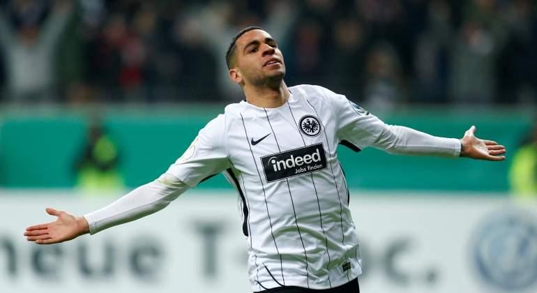 Omar-Mascarell-celebra-Eintracht-Reuters-2018.jpg