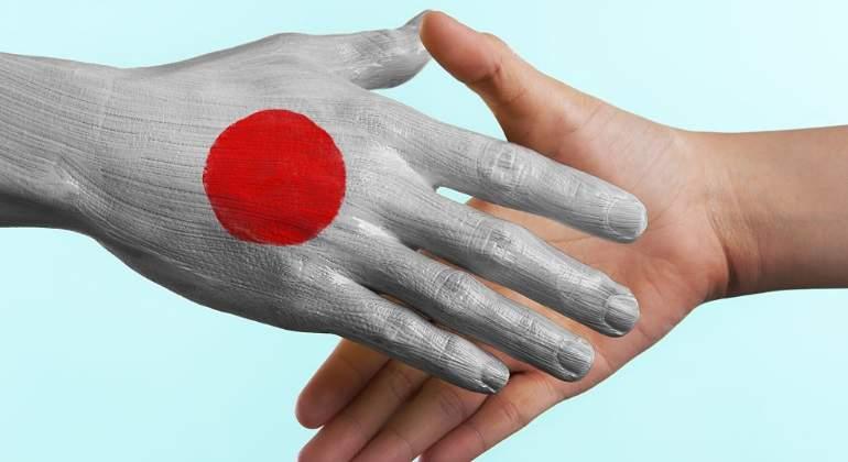japon-mano-acuerdo-getty.jpg