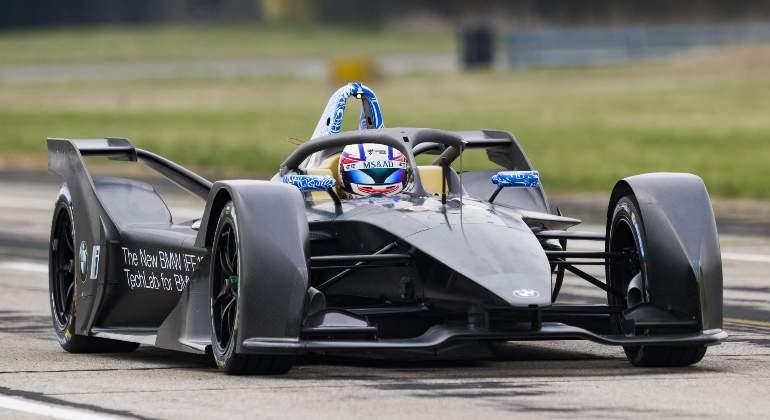 BMW-iFE-18-formula-e-01.jpg