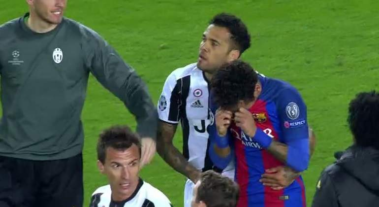 neymar-lagrimas-alves-captura-tv.jpg