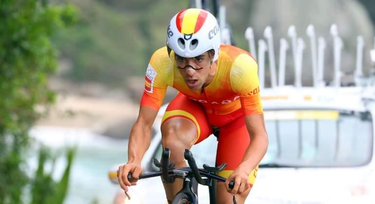 castroviejo-ciclista-cri-reuters.jpg
