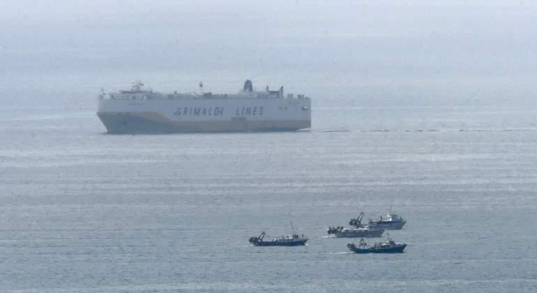 barcelona-barco-rescate-21marzo17-efe.jpg