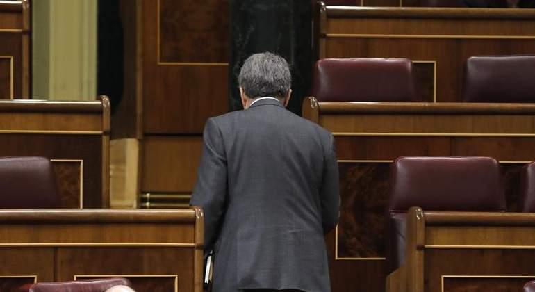 homs-espaldas-congreso-efe.jpg