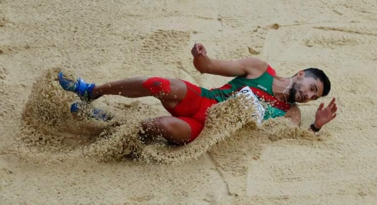 Queda mexicano fuera de la final de salto triple