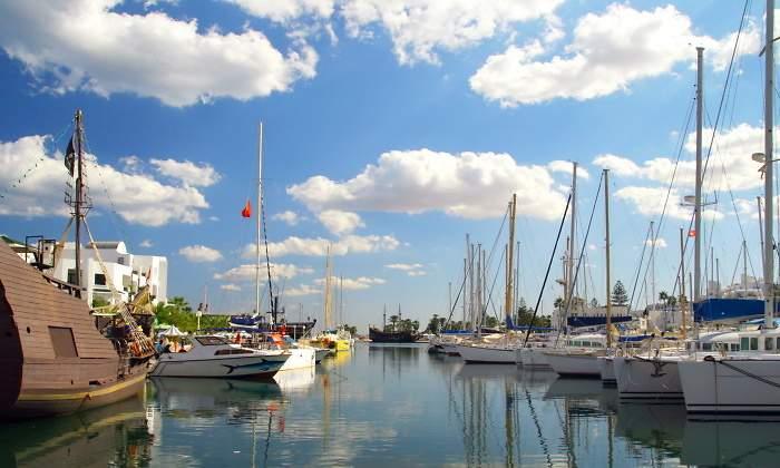 770x420-puerto-barcos-dreamstime.jpg