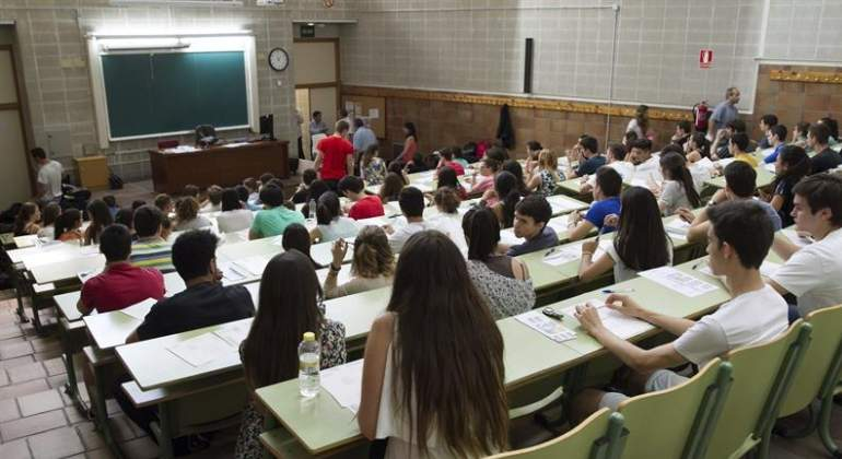 estudiantes-universidad-770x420-efe.jpg