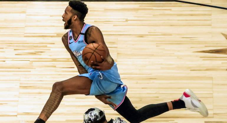 derrick-jones-mate-allstar-usatoday.jpg