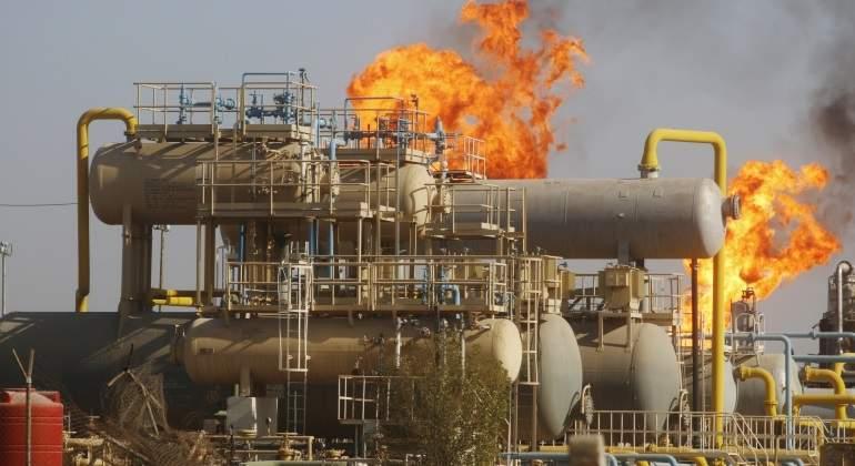 campo-petroleo-llamas.jpg
